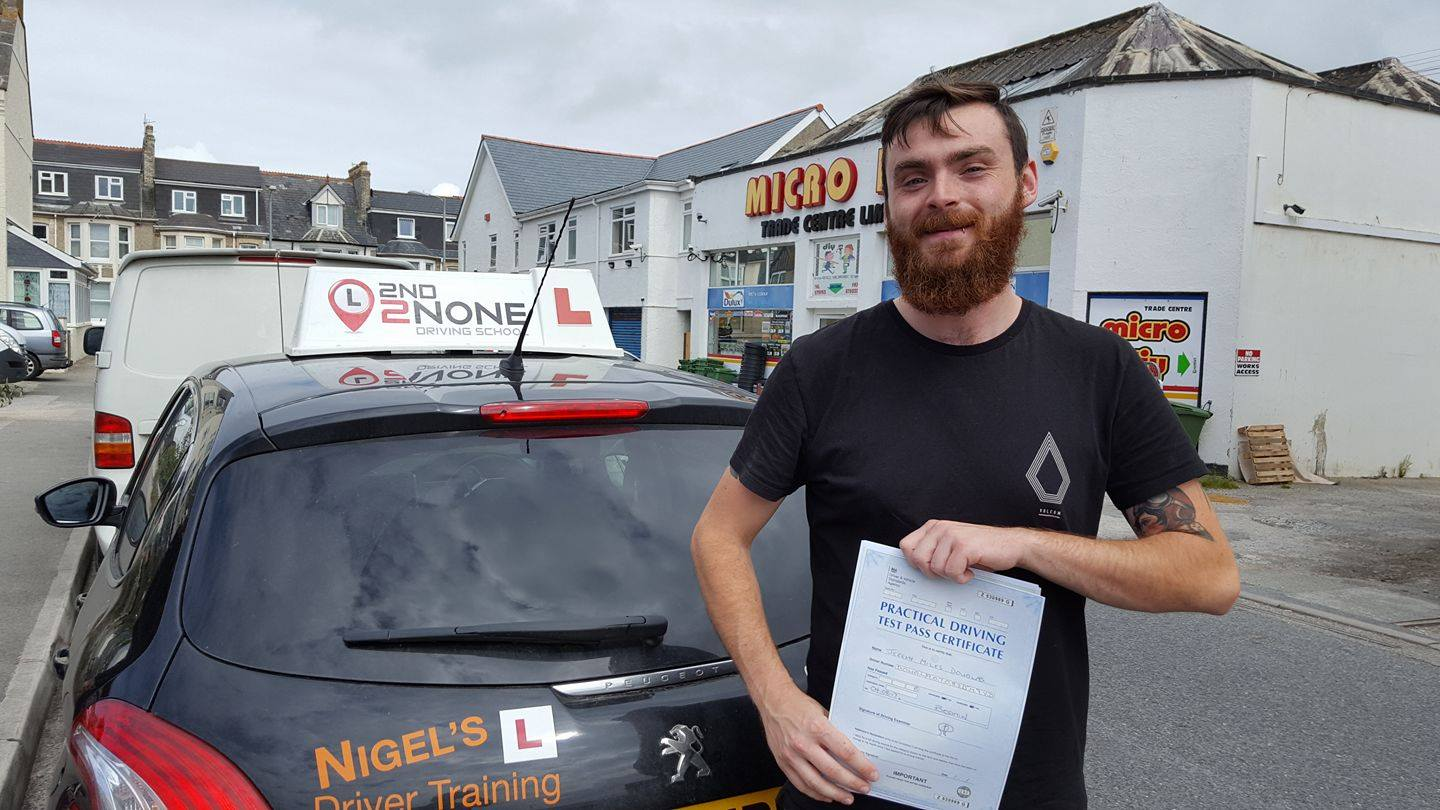 Driving Lessons Newquay – Intensive Driving Course