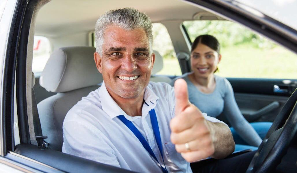 Become a driving instructor with us