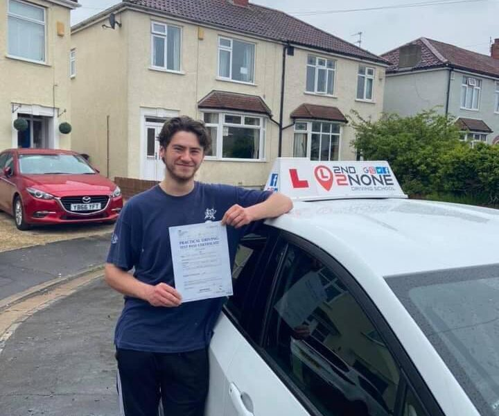 Pass Your Driving Test in Bristol with local Driving Instructors