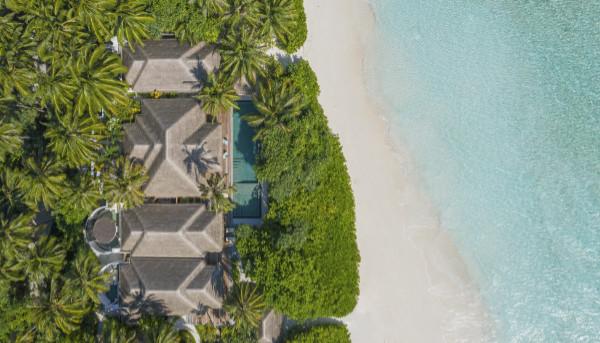 Aerial view of Anantara Kihavah, Maldives