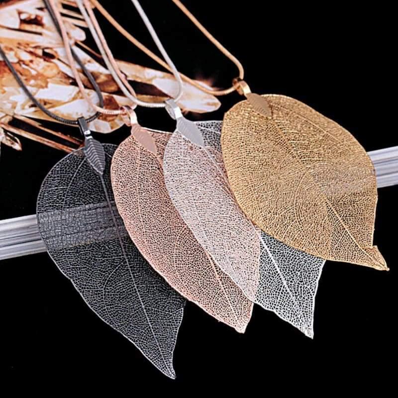 Autumn Leaves Pendant Necklace - Black - Chain Necklaces
