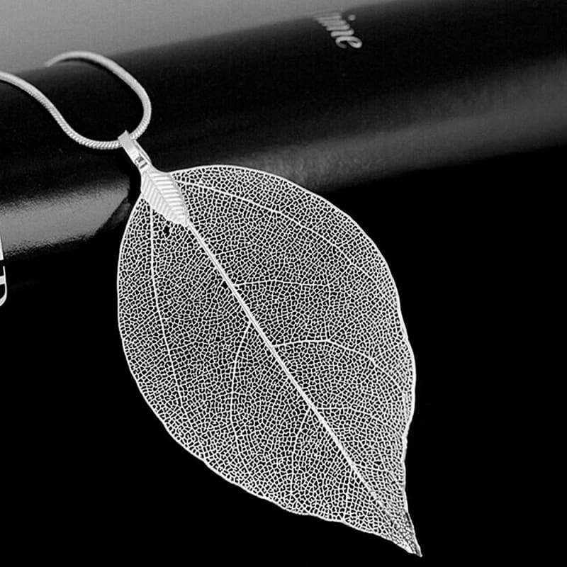 Autumn Leaves Pendant Necklace - Silver - Chain Necklaces