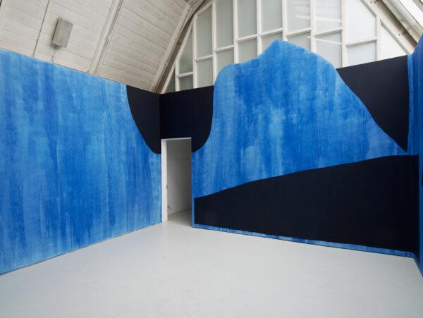 Jack Killick: Heavy Traffic (Part-II) 2016, (Emulsion on plaster, 400 x 500 x 500cm)