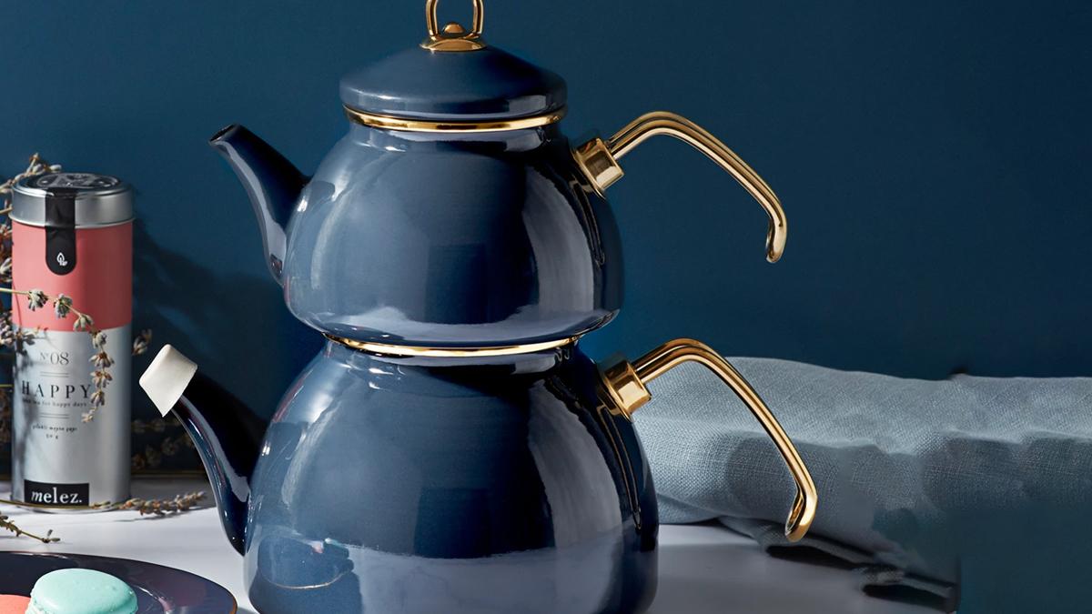 Çaydanlık ve fincan takımları