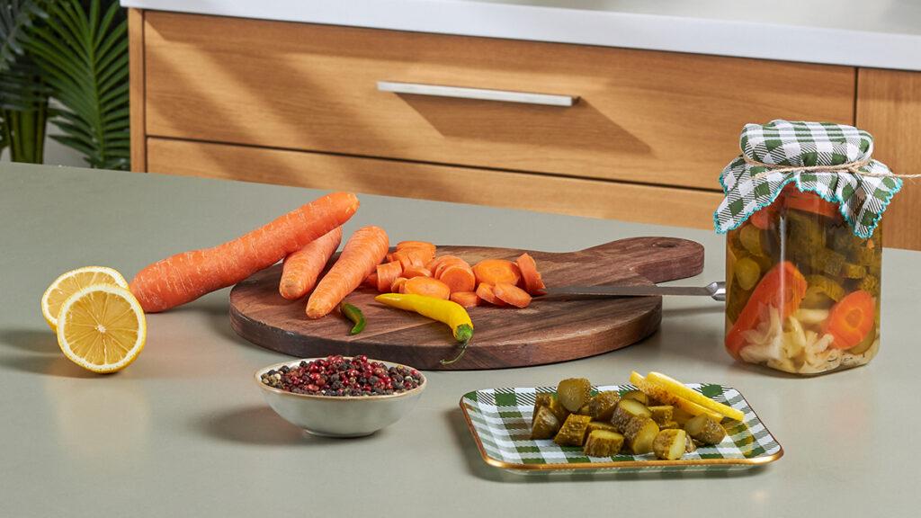 Evde Salatalık Turşusu Nasıl Kurulur?