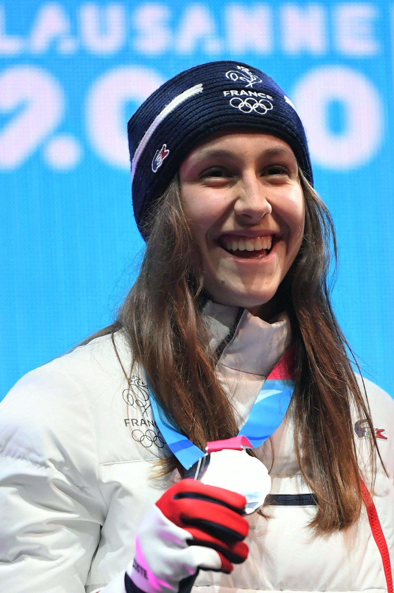 Foto - Caitlin McFarlane - Silbermedaille Lausanne 2020
