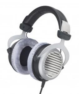 Hifi Review - Beyerdynamic DT990 Premium Headphones