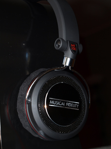 Musical Fidelity MF100 Headphones