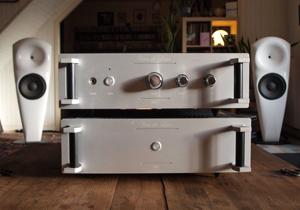 Hifi Review - Van de Leur Amplifier and Preamplifier