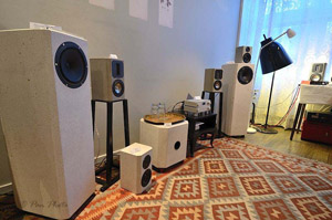 Monolit-Speakers Concrete Loudspeakers