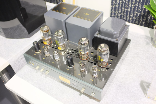 DSCF1744