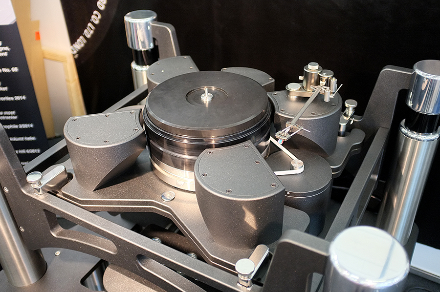 Acoustical_Systems_turntable_high_end
