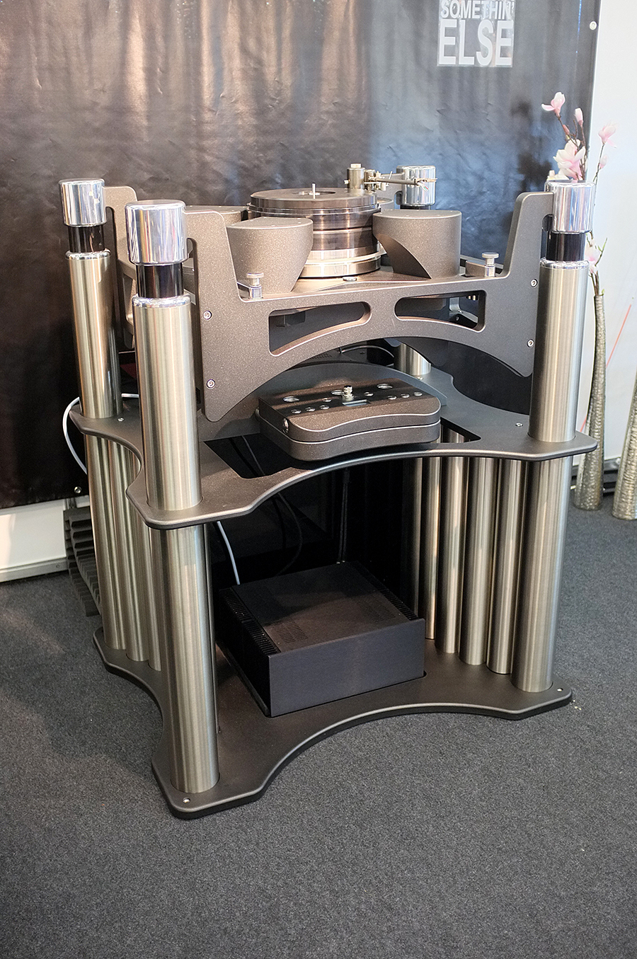 Acoustical_Systems_turntable_high_end_3