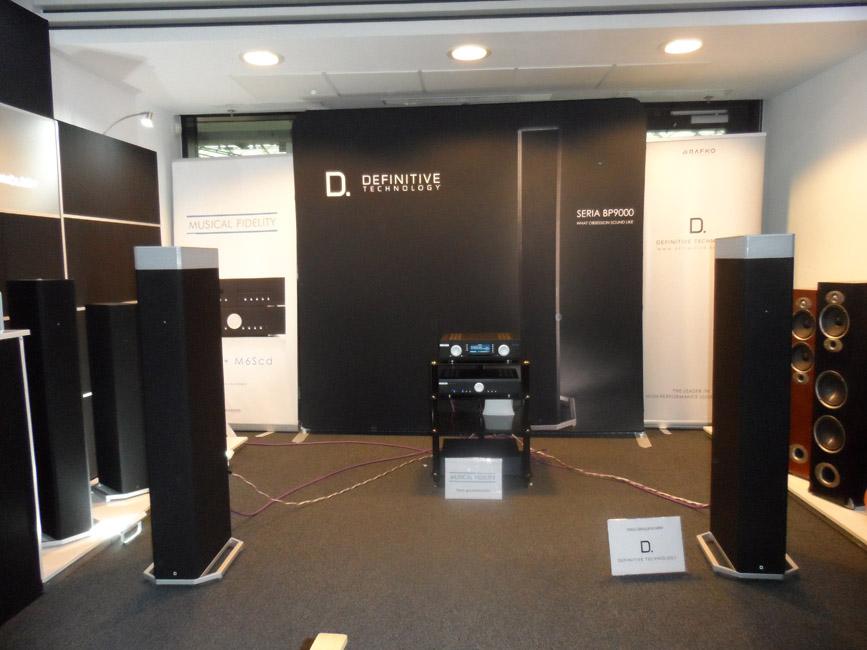 10_definitive_technology_audio_show_warsaw-2016