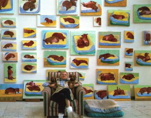David_Hockney_with_wall_of_dog_paintings_Dog_Days
