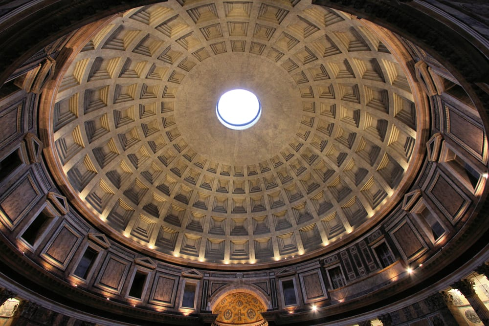 Rome-Italy.-Pantheon-the-third-largest-masonry-dome-in-the-world-with-its-famous-hole-in-the-ceiling.