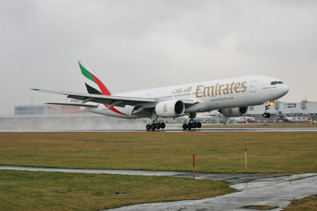 emirates boeing 777-200ER