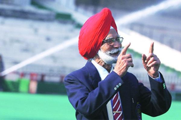 तीन बार के ओलंपिक हॉकी गोल्ड मेडल विनर बलबीर सिंह सीनियर को पड़ा दिल का दौरा, हालत नाजुक
