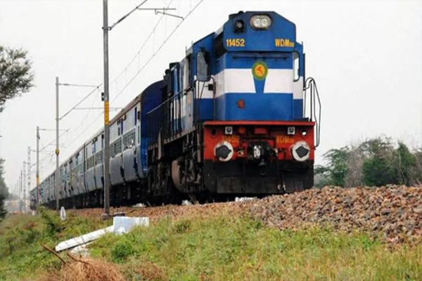 ट्रेन में सफर करने वाले यात्रियों के लिए काम की खबर, जल्द रेलवे करने वाला है ये बड़ा बदलाव