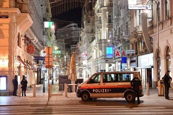 6 हमलों से दहली ऑस्ट्रिया की राजधानी वियना, 7 लोगों की मौत- 1 आतंकी ढेर