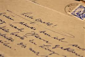 परिदों के पंख - A picture of a letter envelope