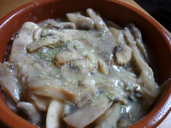 Cazuela de Setas en su salsa