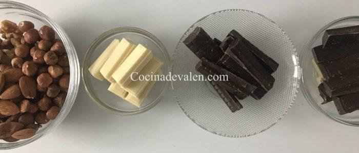 Roquitas de frutos secos y chocolate