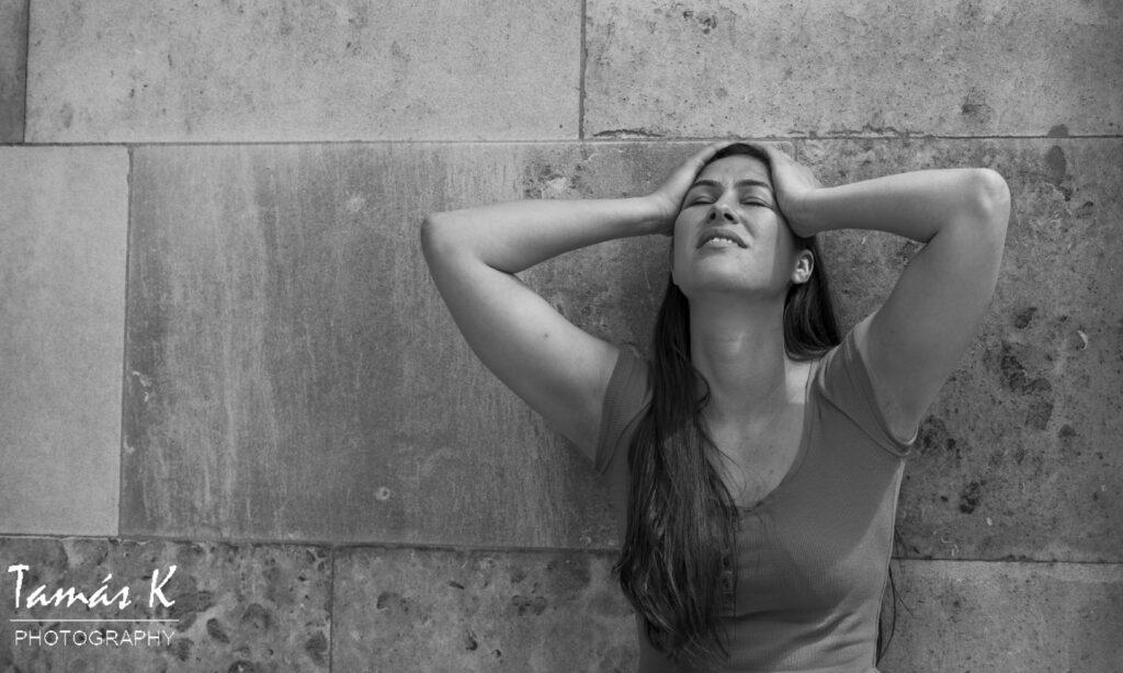 Ceza as Juliet photo - upset