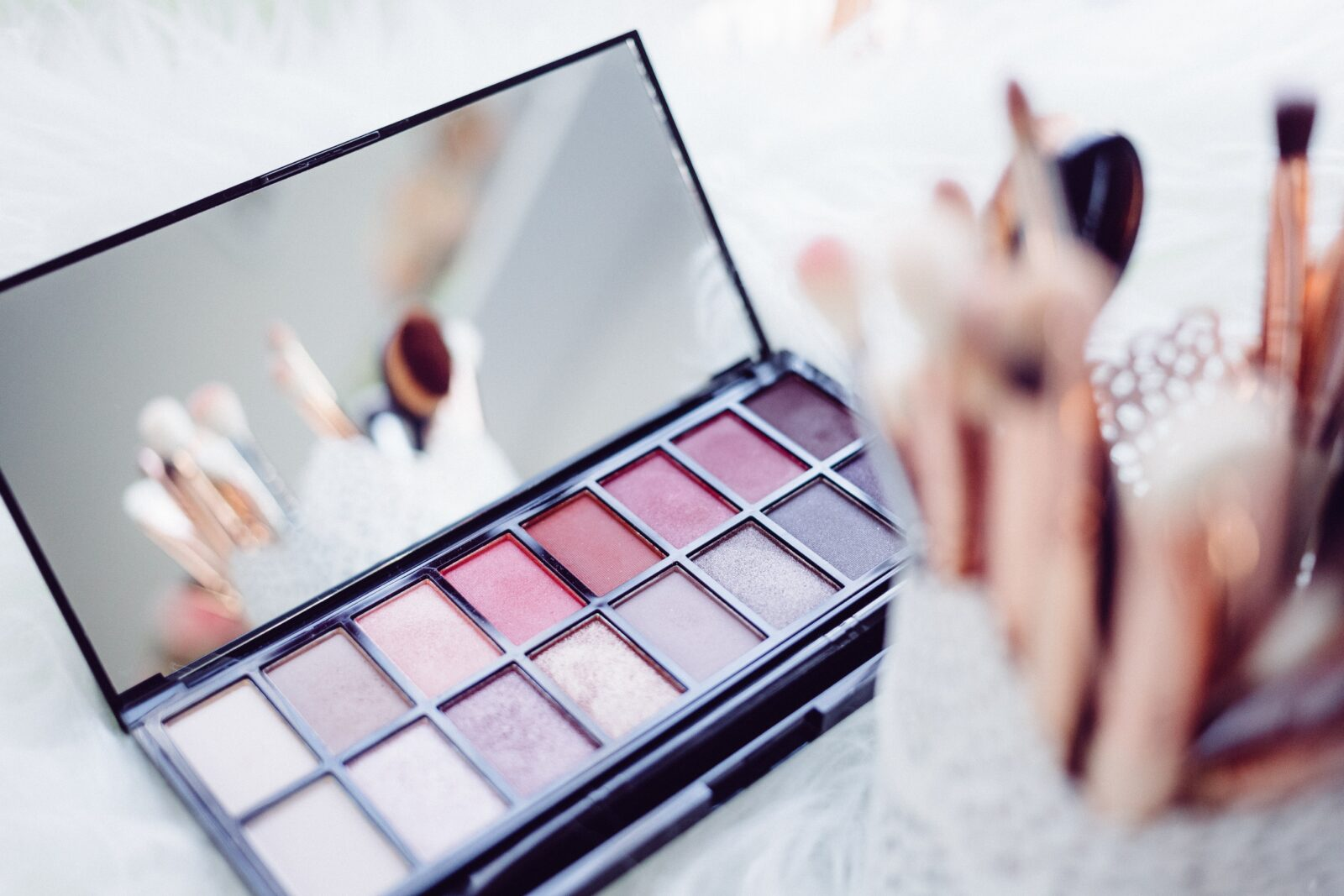 beauty-products-every-woman-should-have-eyeshadow-latest-beauty-trends-entertainments-saga
