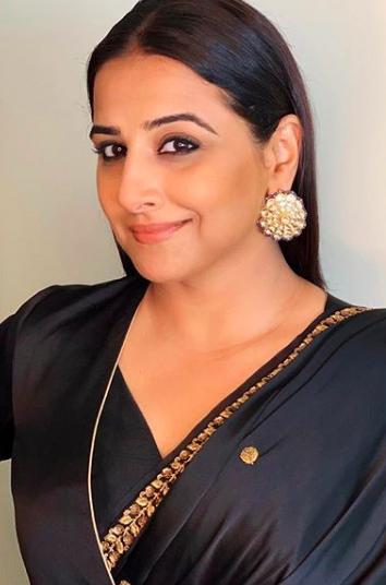 bollywood-actress-vidya-balan-bollywood-celebrity-gossip-online-entertainments-saga