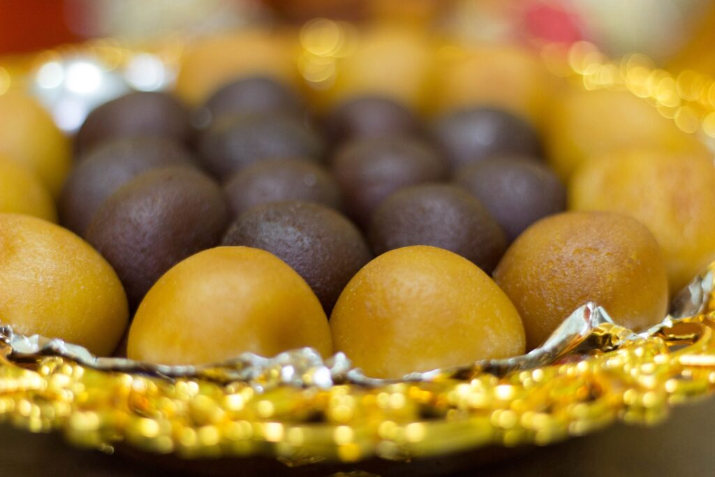 indian-sweets-entertainments-saga-wedding-trends-news-india