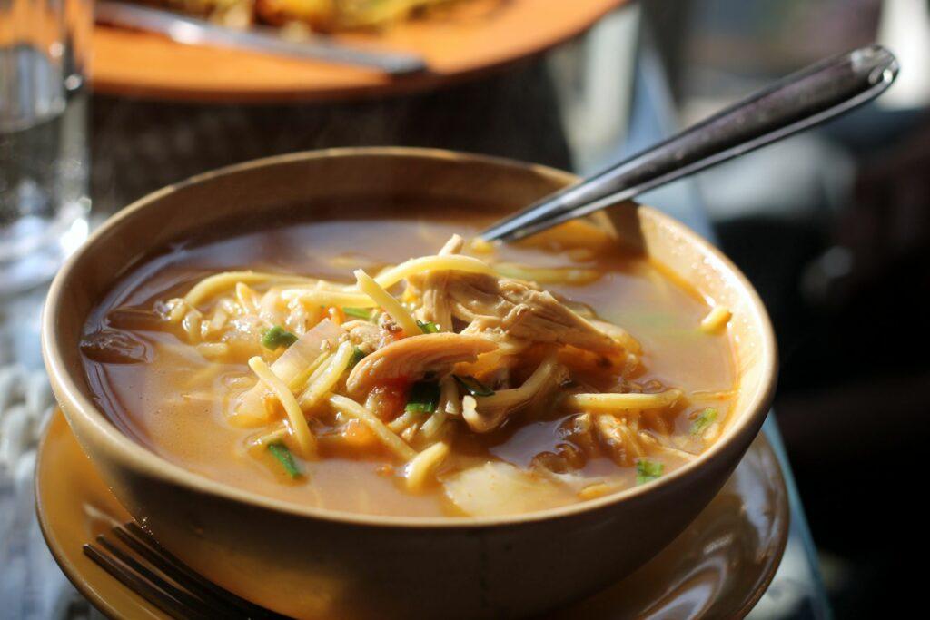 A-bowl-of-Thukpa-arunachal-pradesh-northeast-dishes-entertainments-saga-online-food-blog