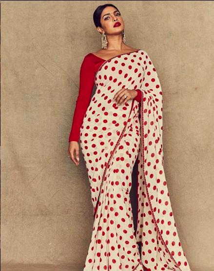 priyanka-chopra-jonas-in-white-saree-with-red-polka-dots-bollywood-entertainment-news-entertainments-saga