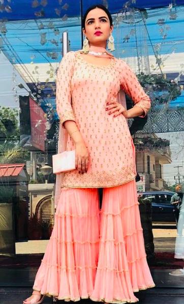 short-kurti-sharara-style-trending-suit-designs-entertainments-saga