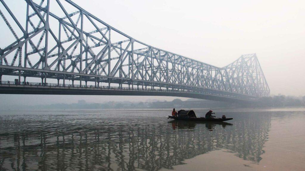 howrah-bridge-in-india-best-online-travel-blog-entertainments-saga