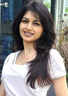 bollywood-actress-bhagyashree-bollywood-celebrity-news-entertainments-saga