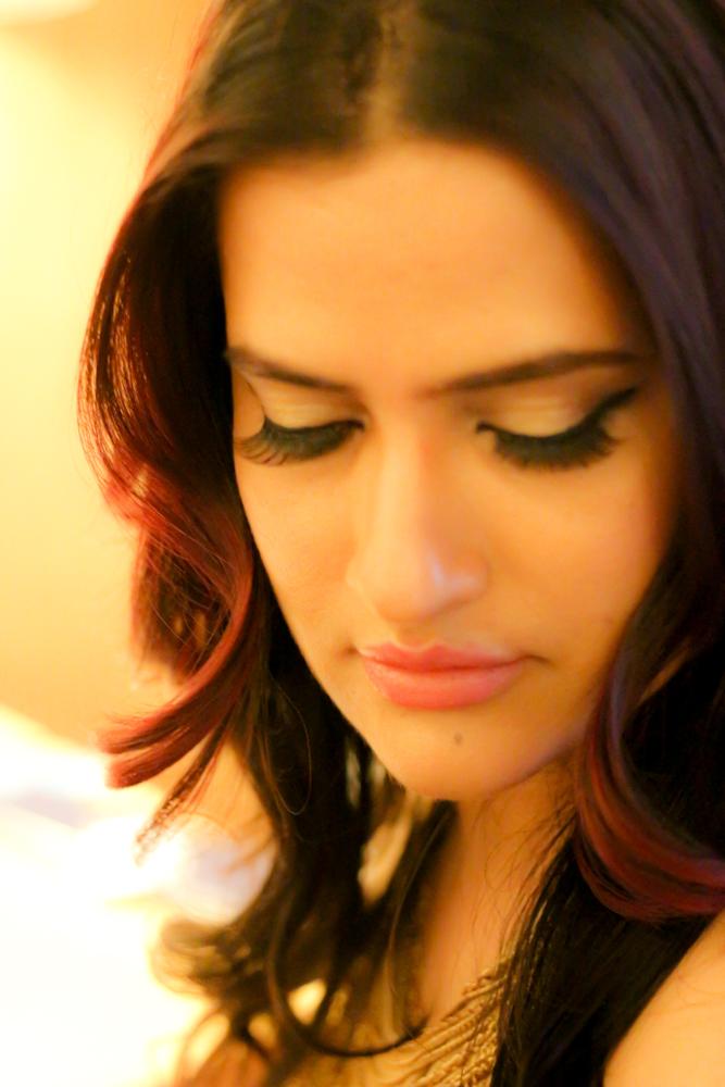 bollywood-singer-sona-mohapatra-bollywood-celebrity-breaking-news-india