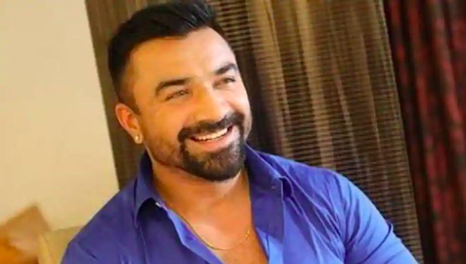 actor-ajaz-khan-smiling-blue-shirt-hindustan-times-entertainment-saga
