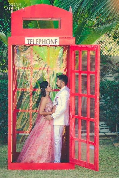 london-telephone-booth-photobooth-idea-wedding