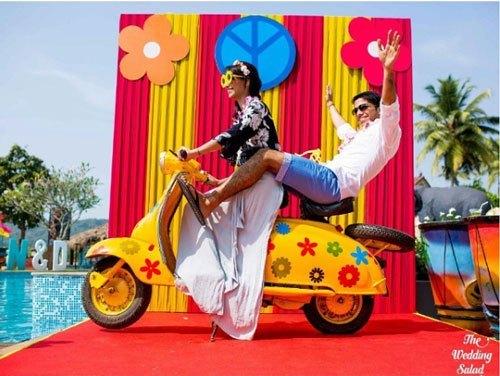 retro-photobooth-idea-indian-wedding