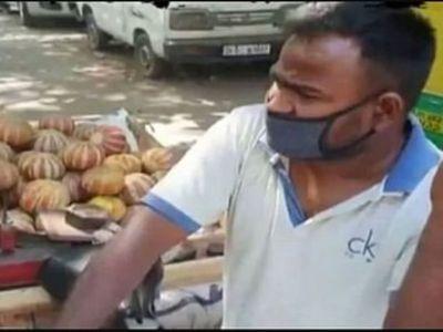bollywood-actor-Solanki-diwakar-selling-fruits