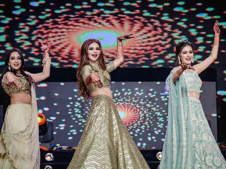 indian-wedding-dance-performance-wedding-tends-online