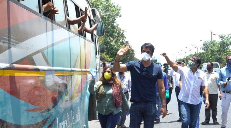 sonu-sood-buses-covid-bollywood-actors-news-online
