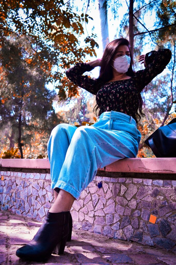 girl-wearing-mask-outside-pixabay-entertainments-saga