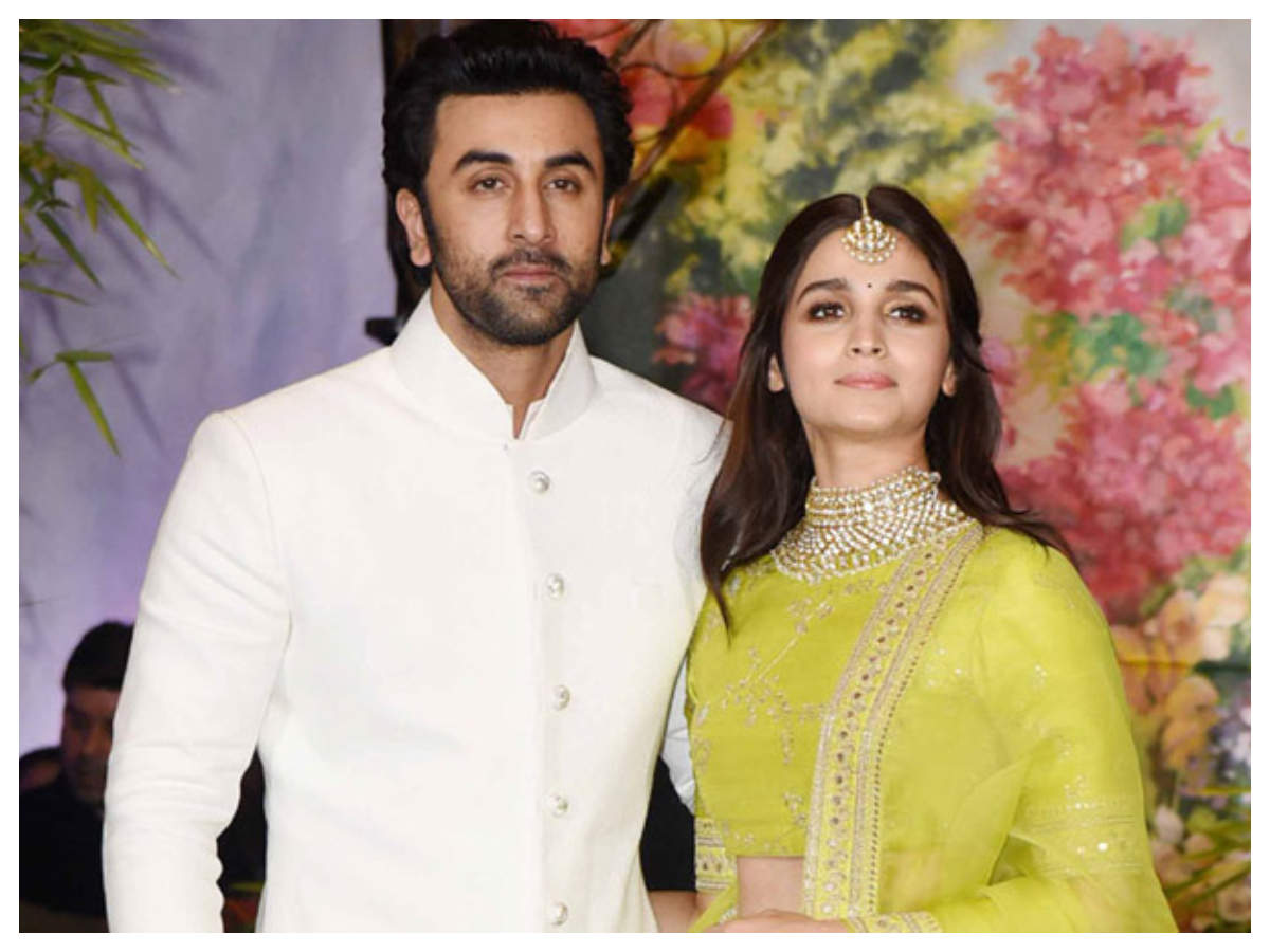 ranbir-kapoor-alia-bhatt-bollywood-couples-news-online