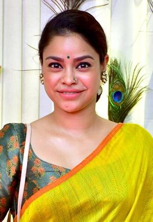 comedian-Sumona-Chakravarty-kapil-sharma-show-tv-star-news-online