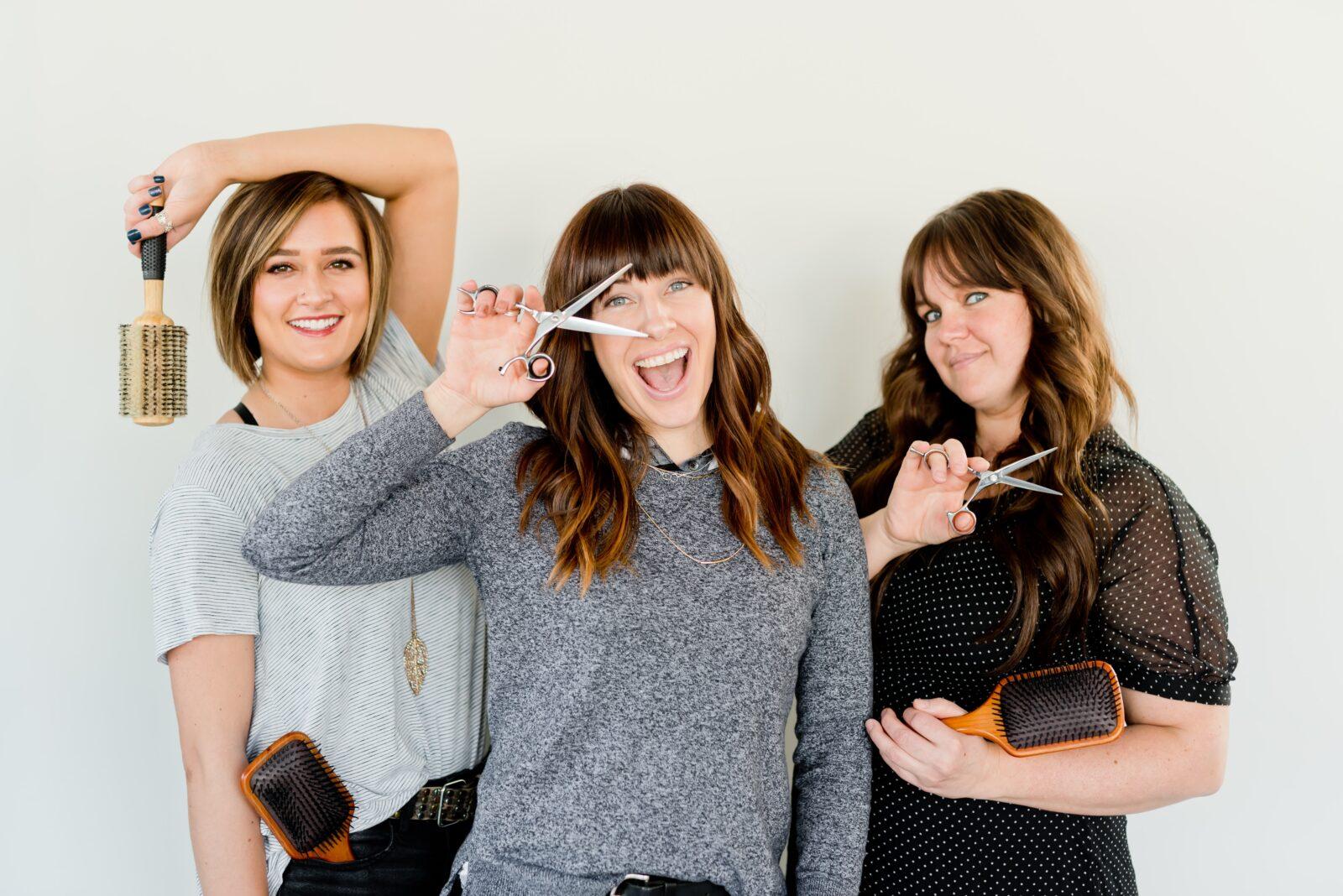 layered-haircut-women-beauty-tips-online-unsplash
