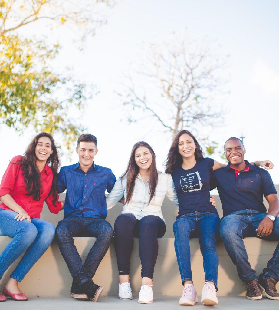 college-friends-entertainment-news-online