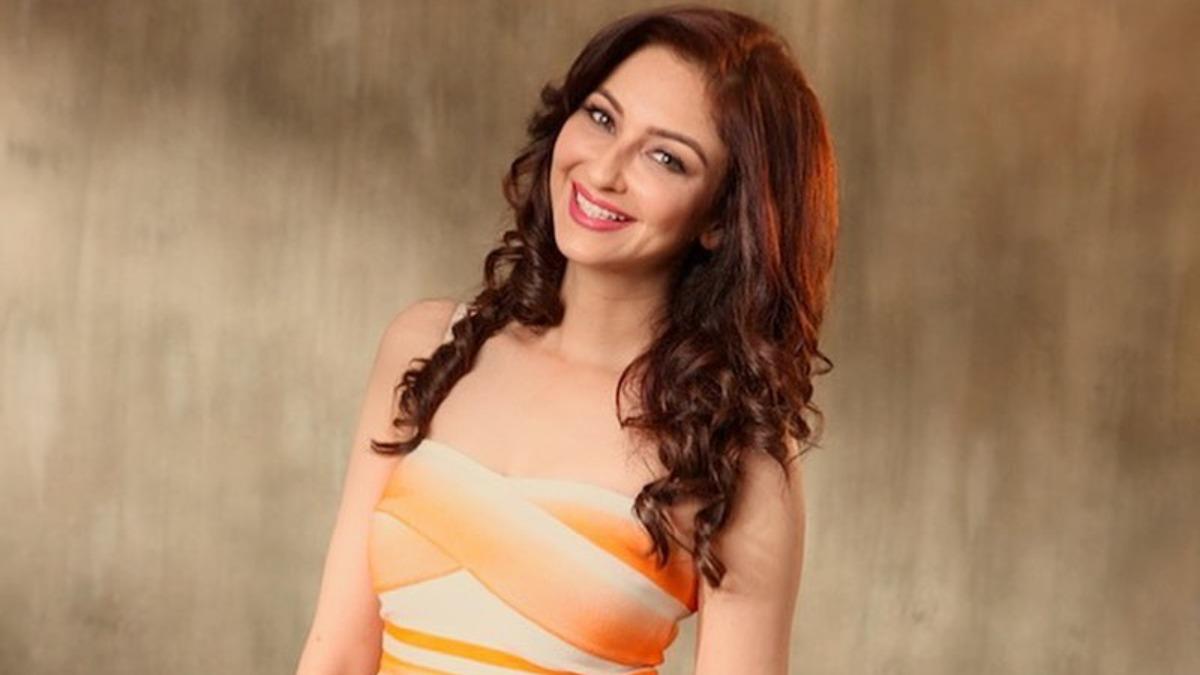 saumya-tandon-indiatv-tv-stars-news-online