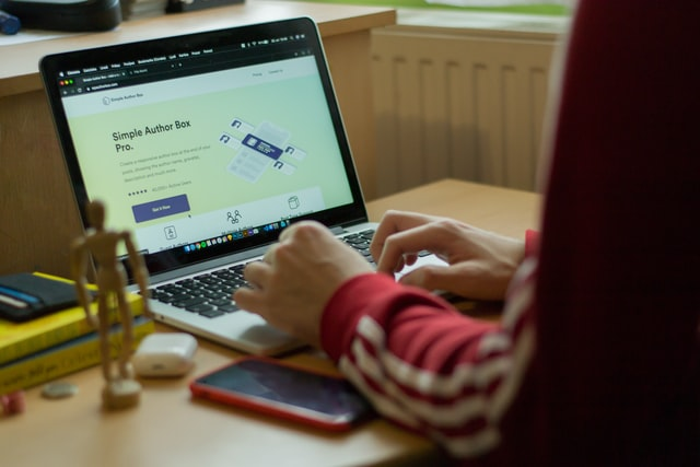 7+ Best WordPress Plugins For Blogs & Business Websites in 2021